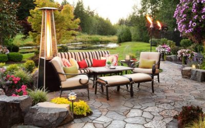 10 Tips for Easy Outdoor Entertaining